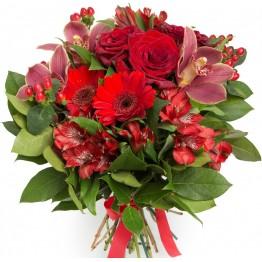 Букет з 5 сортів квітів та зелені