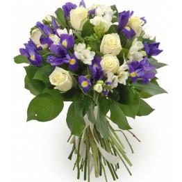 Букет троянд, ірисів та еустом