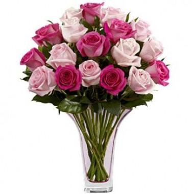 Букет 17 різнокольорових троянд 80 см з доставкою