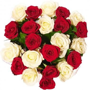 Букет 21 різнокольорова троянда 1 метр з доставкою